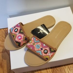 Embroidered bobo sandals Nwt